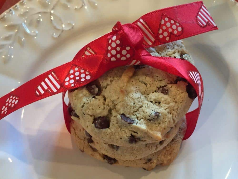 delicious and healthy chocolate chip cookies